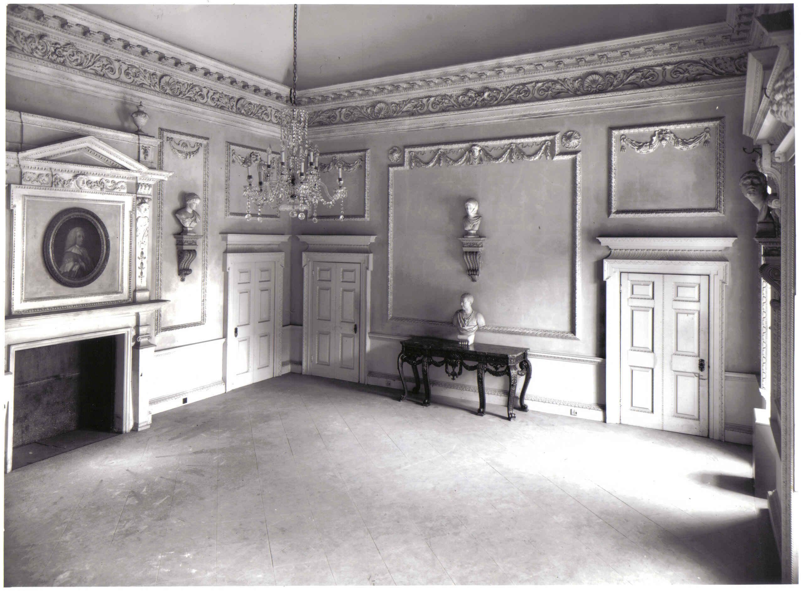 Lydiard House Sale & Restoration - Twentieth Century